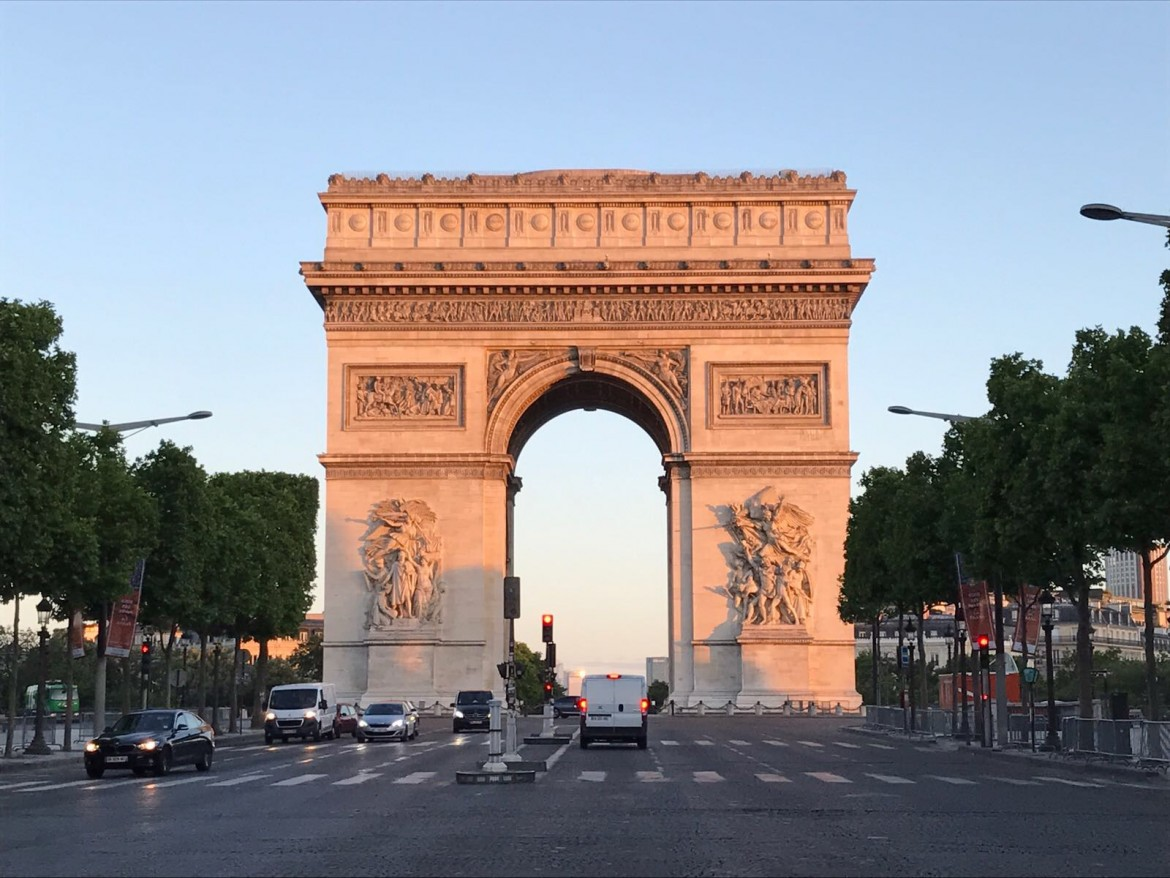 DCL kicks-off in Paris on the Champs-Élysées