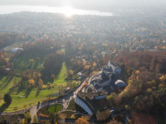 """Vorschaubild für Stock Bild """"img-20151105-155826-aerialstock-the-grand-dolder-00056"""""""