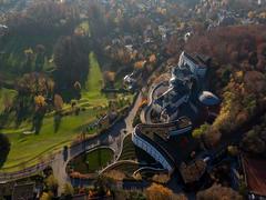 """Vorschaubild für Stock Bild """"img-20151105-155756-aerialstock-the-grand-dolder-00053"""""""