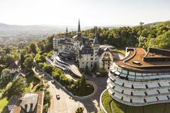 """Vorschaubild für Stock Bild """"img-20150721-190220-airview-the-grand-dolder-00023"""""""
