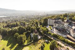 """Vorschaubild für Stock Bild """"img-20150721-190314-airview-the-grand-dolder-00025"""""""