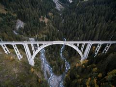 """Vorschaubild für Stock Bild """"img-20151003-170520-airview-langwieser-viadukt-00162"""""""
