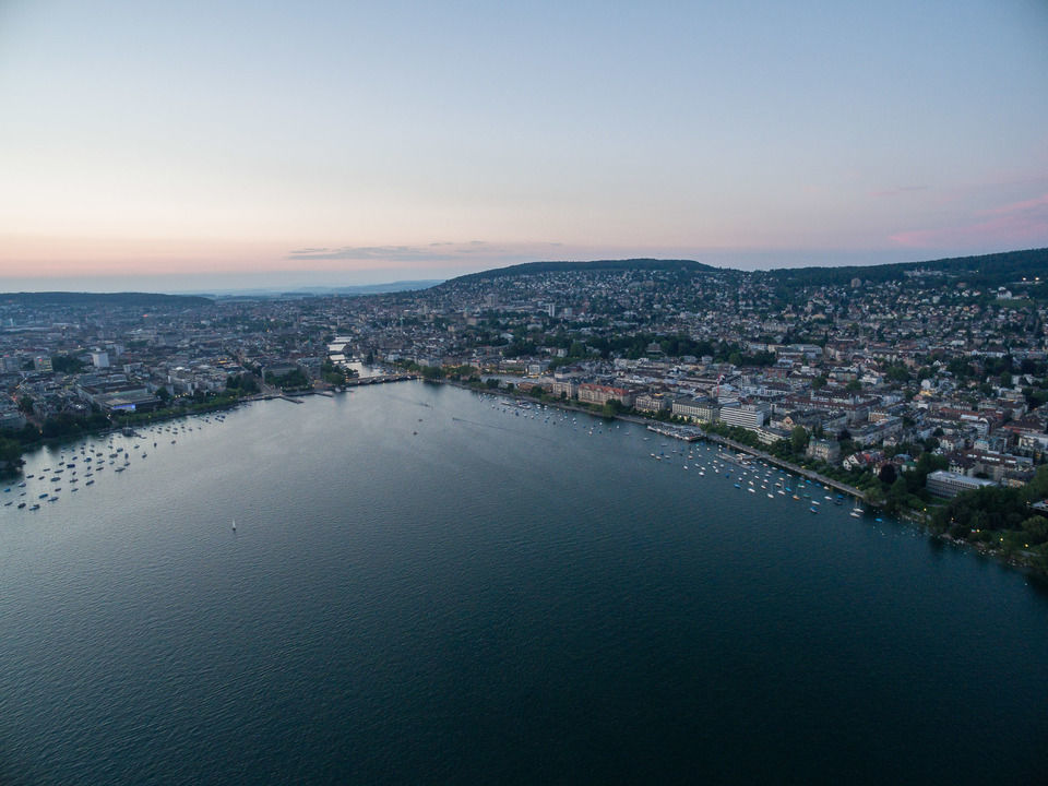 img-20150611-213159-dji-phantom-3-professional-airview-stock-zurichsee-enge-00175