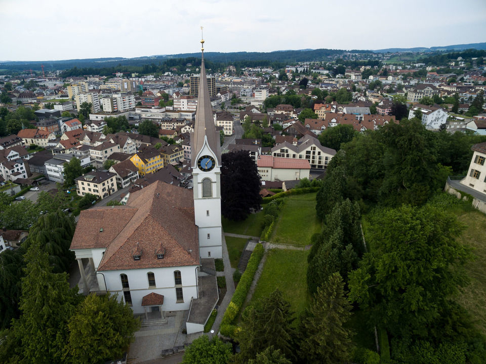 img-20150606-180738-dji-phantom-3-professional-airview-stock-schloss-uster-00107
