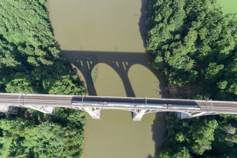 img-20170608-094448-aerialstock-fribourg-00022