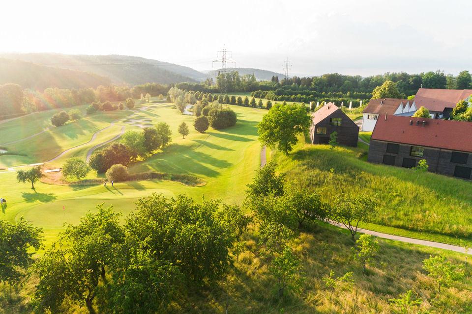 img-20180607-201742-aerialstock-golfplatz-kyburg-winterthur-00003