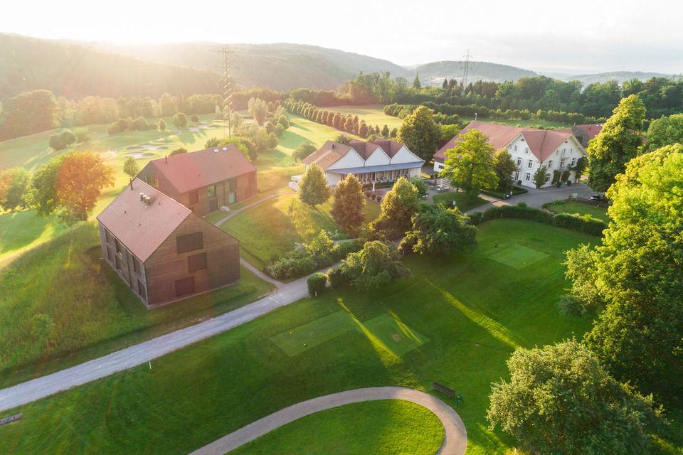 img-20180607-202244-aerialstock-golfplatz-kyburg-winterthur-00019