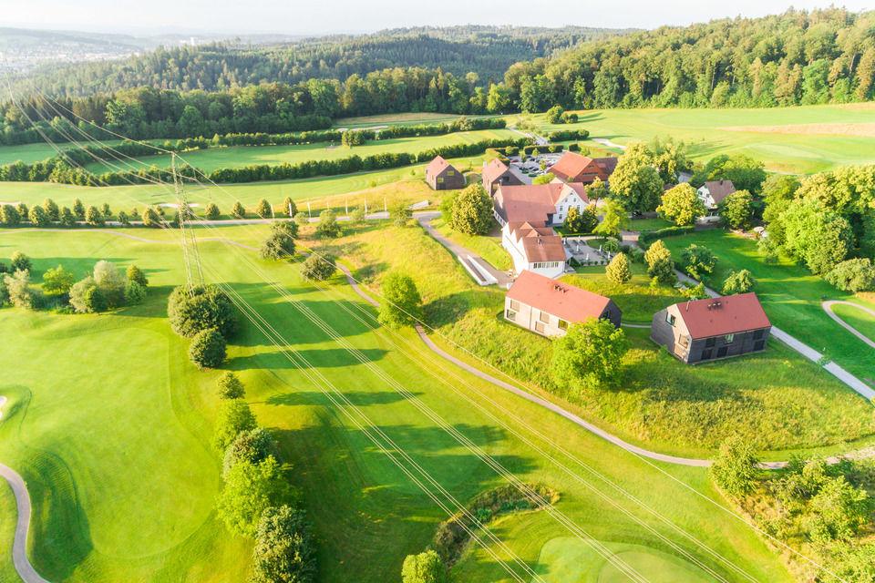 img-20180607-201924-aerialstock-golfplatz-kyburg-winterthur-00009