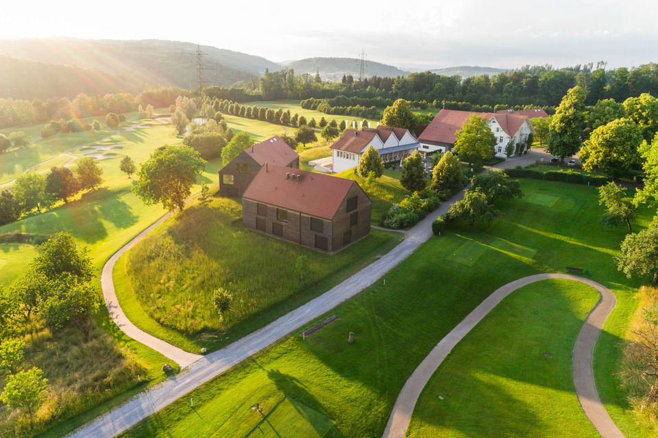 img-20180607-202225-aerialstock-golfplatz-kyburg-winterthur-00018