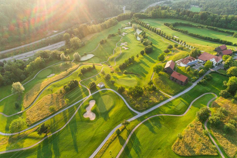 img-20180607-202851-aerialstock-golfplatz-kyburg-winterthur-00030