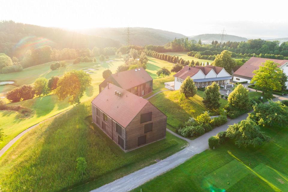 img-20180607-202543-aerialstock-golfplatz-kyburg-winterthur-00022
