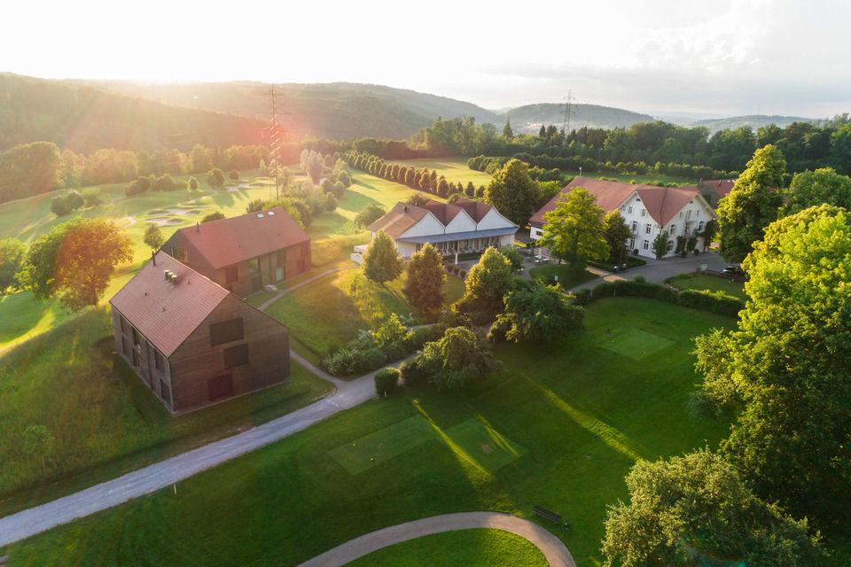 img-20180607-202249-aerialstock-golfplatz-kyburg-winterthur-00020