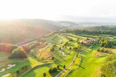 """Vorschaubild für Stock Bild """"img-20180607-202740-aerialstock-golfplatz-kyburg-winterthur-00026"""""""