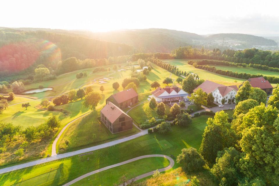 img-20180607-203209-aerialstock-golfplatz-kyburg-winterthur-00037