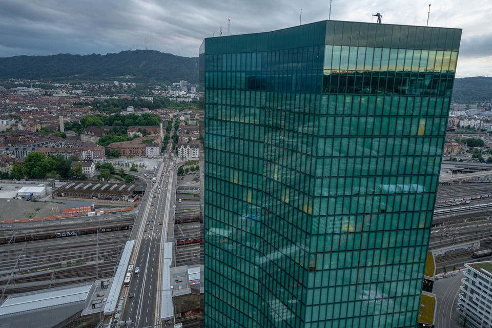 img-20180621-210753-aerialstock-prime-tower-zuerich-00049-hdr