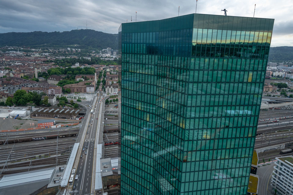 img-20180621-210758-aerialstock-prime-tower-zuerich-00052-hdr