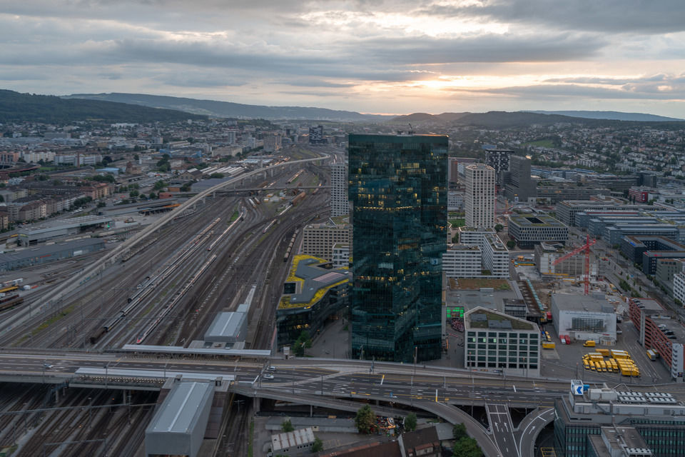 img-20180621-205757-aerialstock-prime-tower-zuerich-00013-hdr