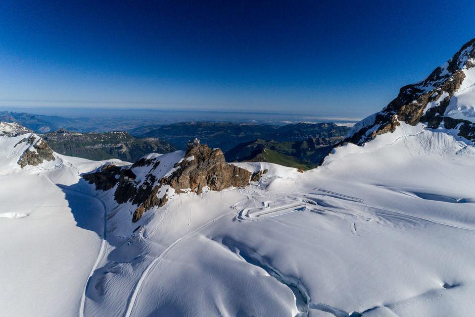 img-20180627-074904-aerialstock-berner-oberland-jungfrau-00080-hdr