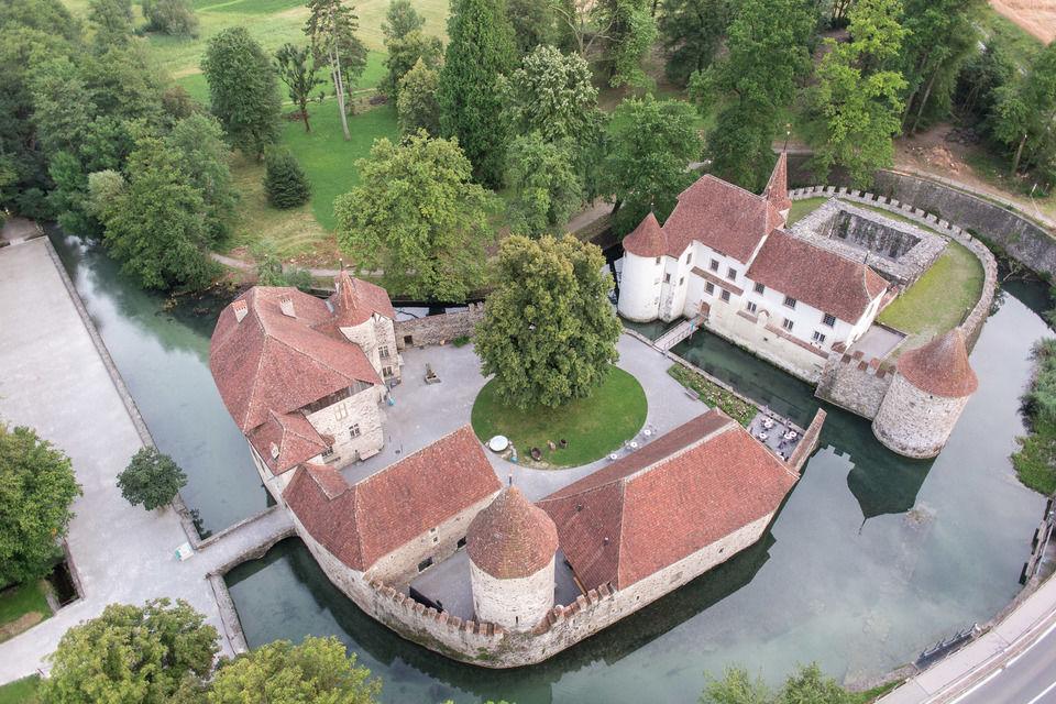 Schloss Hallwill