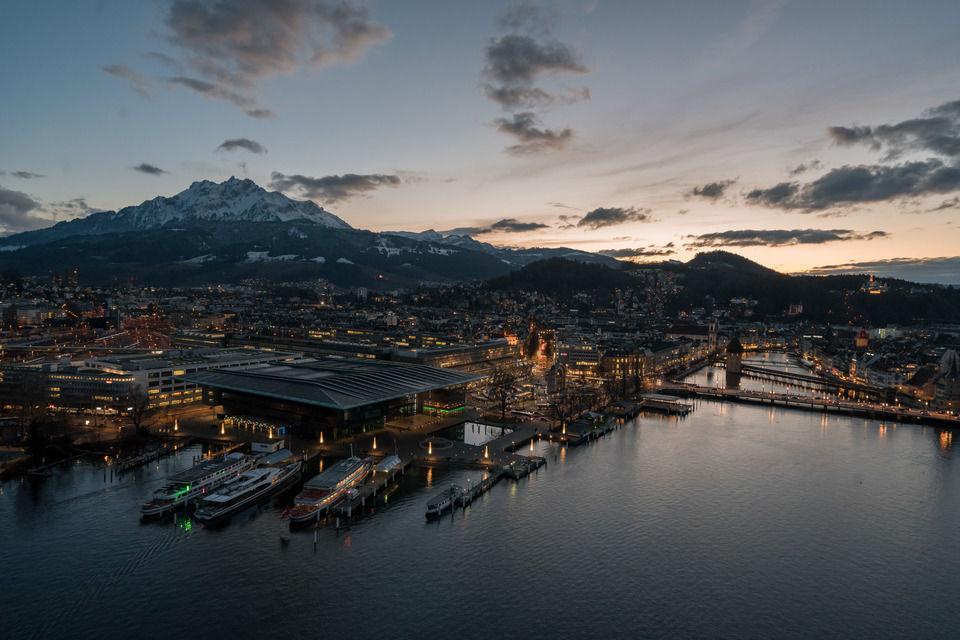 Luzern in der Abenddämmerung