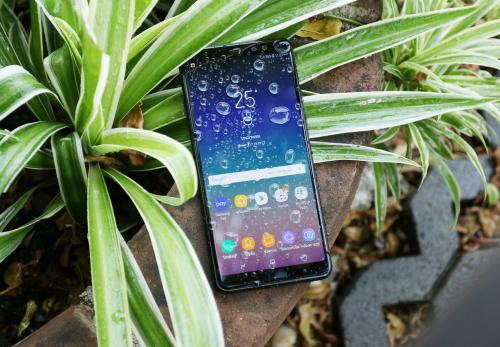 €402 για το Samsung Galaxy A8