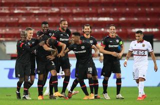 Dolberg og co. ydmyget 2-6 af Leverkusen