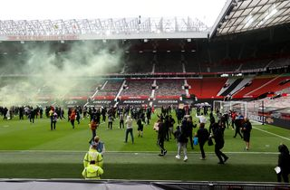 United-Liverpool fastlagt: To kampe på to døgn