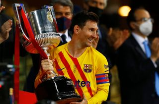 Medier: Messi-kontrakt er rykket længere væk