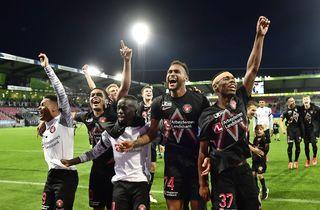 Lykkelig Lössl: Spiller som et europæisk hold