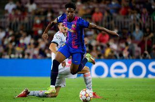 Ny Barca-skade: 17-årig har rygproblemer