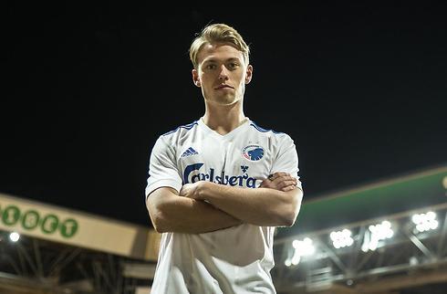 Officielt: FCK køber Viktor Fischer