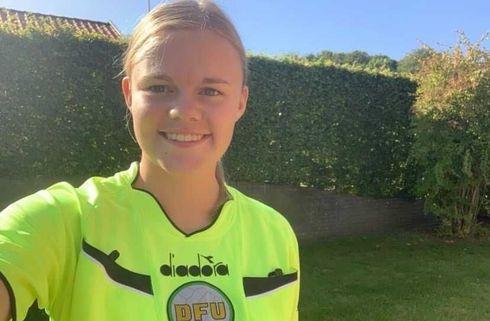 19-årige Julie drømmer om Superligaen