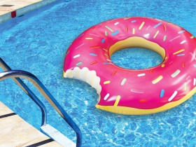 Inflatable Donut 122cm