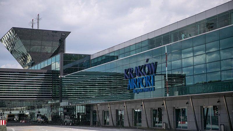 Informacja na temat połączeń z lotniska w Krakowie