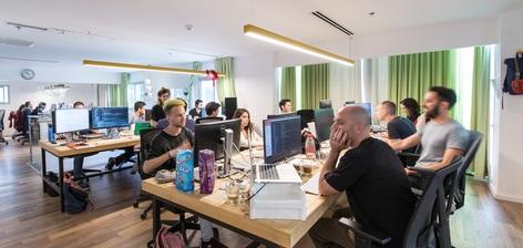 בואו לעבוד איתנו: שתי חברות מספרות מדוע שווה לעבוד דווקא אצלן