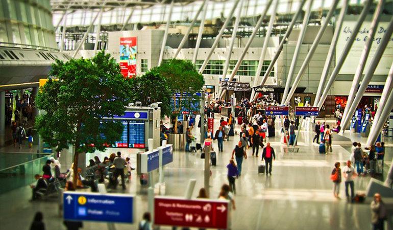 Flughafen Amsterdam