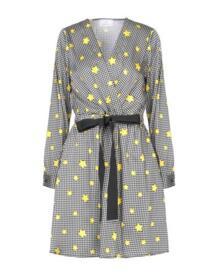 Короткое платье BERNA 15040320PP