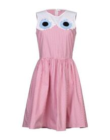 Короткое платье VIVETTA 34979633LE