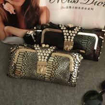 Из натуральной кожи роскошные высококачественные алмазные Замшевые женские вечерние серпантин сумку клатчем сумка flap кошелек MIWIND 32761998216