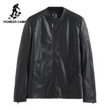 2017 Новое поступление Мужская кожаная куртка выосокачественый матириал Мяхкая PU кожа модный модель известный бренд 611310 Pioneer Camp 32793454324