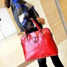 2018 новые женские модные сумки известный бренд сплошной красный pu сумочка кожа леди плечевые муфты Дизайнер mochila повседневное tote foofum 32689772382