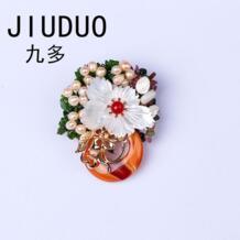 Корейский модные аксессуары с дикого Роскошный натуральный жемчуг кулон кристалл брошь корсаж иглы воротник одежда с цветочным принтом женские No name 32817963387
