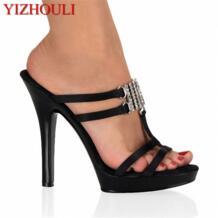 Пикантные высокие стильные тапочки для ночного клуба; модная модель для подиума на каблуке 13 см; любимые уличные тапочки YIZHOULI 32778259443