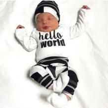 Осень Одежда для маленького мальчика длинные рукава футболка с надписью + Штаны + шапочка для новорожденных Костюм из 3 предметов комплект одежды для маленькой девочки детская одежда EGHUNOOY 32757035341