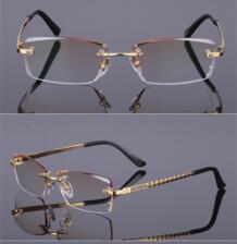 Очки кадр алмазной кромкой Мода и устойчивый Titanium зрелище кадров очки унисекс украшения оптические очки Clara Vida 32273802612