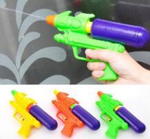 Новинка 2015, цветная Детская летняя брызгающая водой игрушка, детская пушка воды пляжа, пистолет No name 32579231716