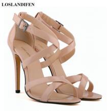 Новый летний Для женщин однотонные Лакированная кожа Босоножки в римском стиле с открытым носком обувь на высоком каблуке Сексуальная Крест Пряжка Сандалии для вечеринок для Для женщин LOSLANDIFEN 32342511980