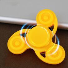 Мульти цвет Tri-Spinner Fidget Toy пластик для развития рук Спиннер для аутизма и СДВГ беспокойство снятие стресса фокус Игрушки Дети подарок ZTOYL 32839161718