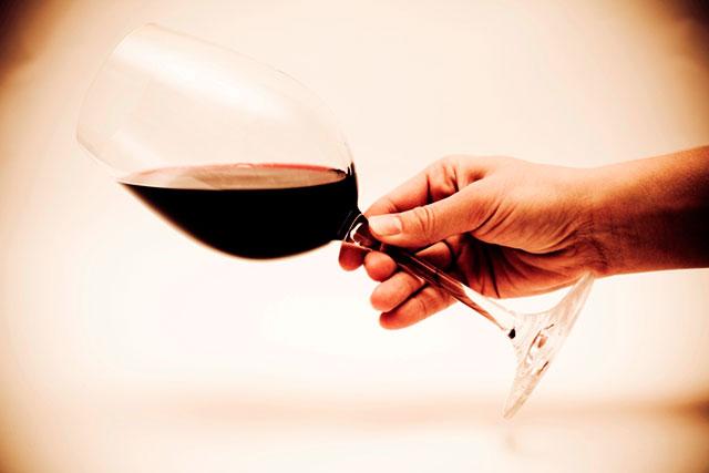Une consommation modérée de vin rouge réduirait le risque de dépression