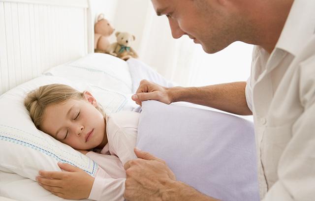 Surpoids et obésité de l'enfant : lien entre temps de sommeil et appétit